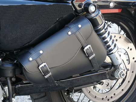 SWINGARM BAG UNIVERSAL STUDDED